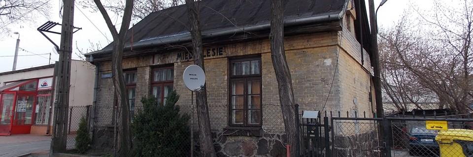 Budynek stacji Kolei Jabłonowskiej w Międzylesiu