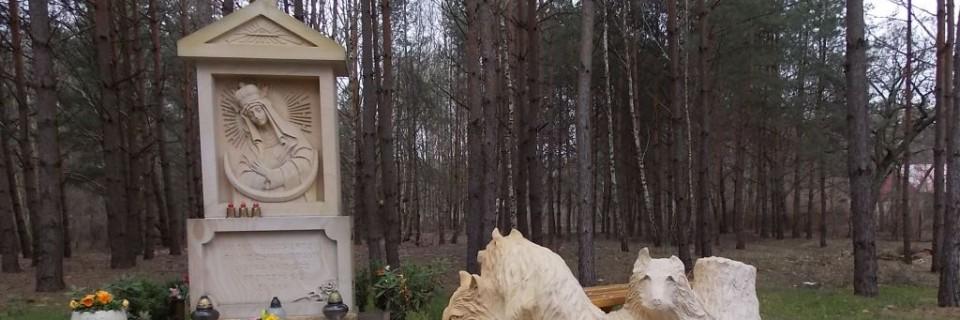 Kapliczka maryjna przy Dzieci Polskich 57
