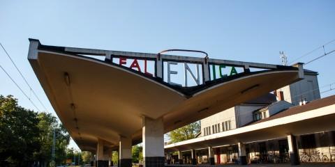 Dworzec kolejowy w Falenicy
